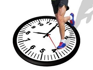 男性のマラソン平均タイム年齢別